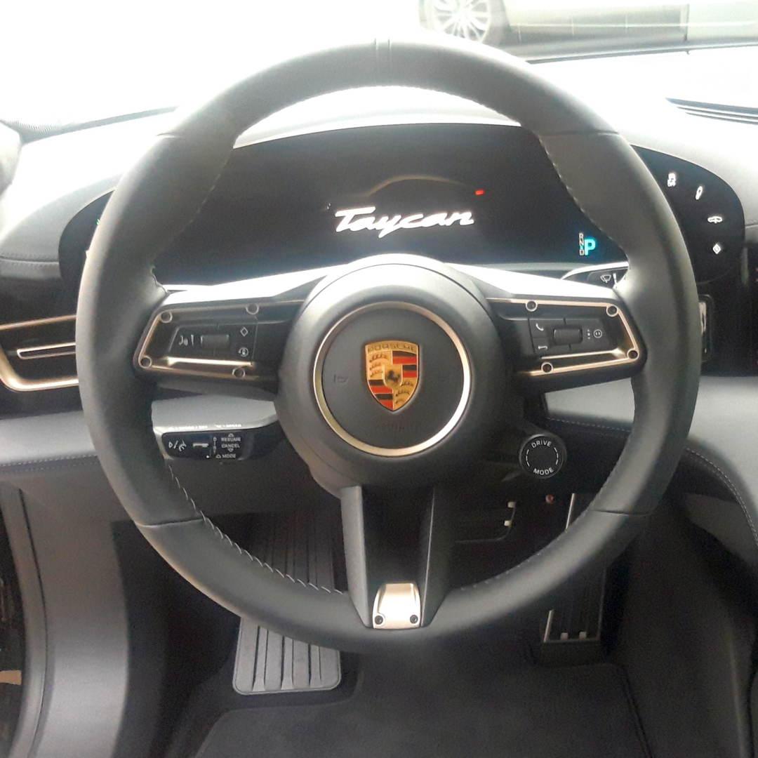 BRILA Graz Redline Body Coating Porsche Taycan Innen